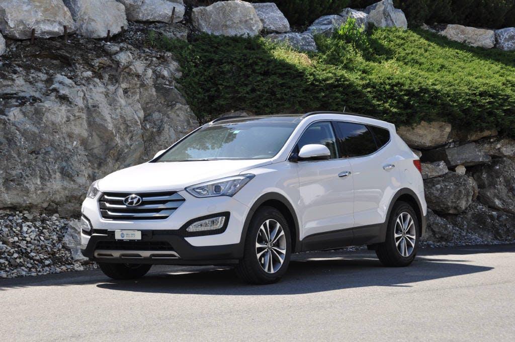 saloon Hyundai Santa Fe 2.2 CRDi Amplia 7P