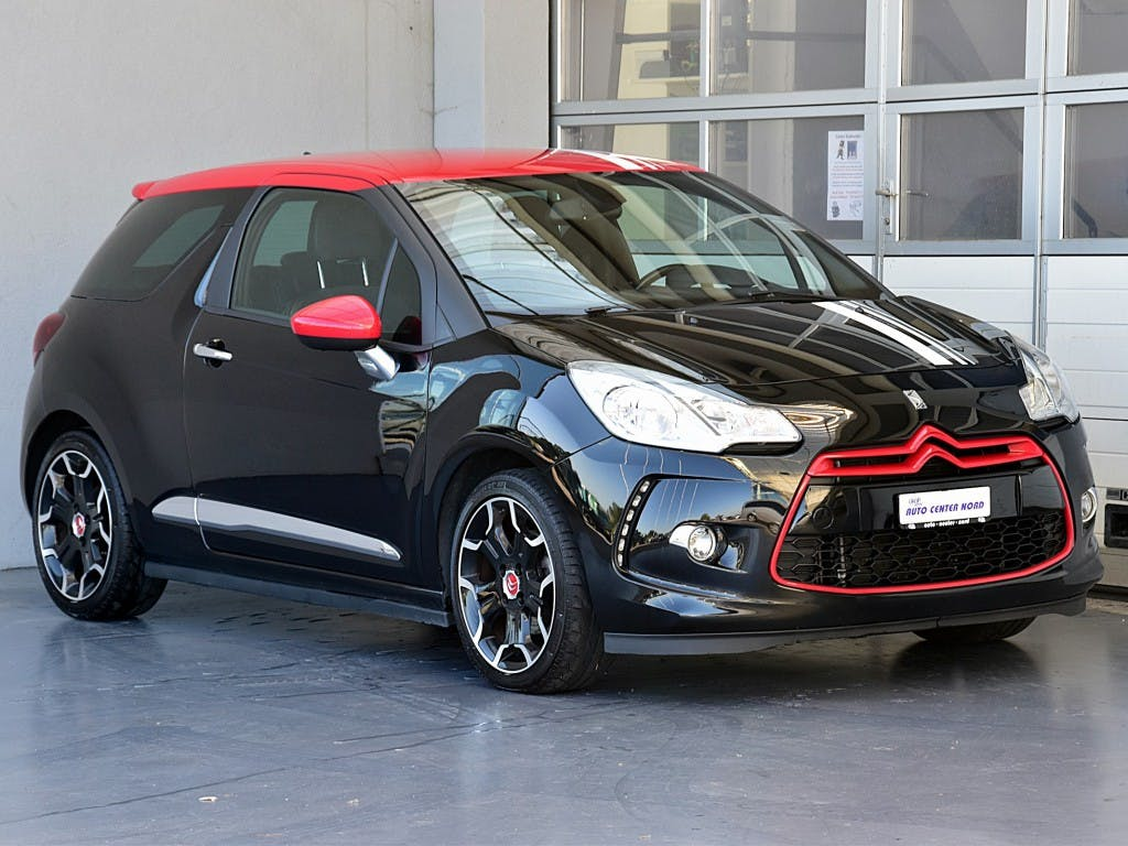 saloon DS Automobiles DS3 1.6 THP Red Edition