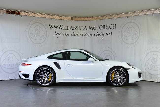 coupe Porsche 911 Turbo S PDK