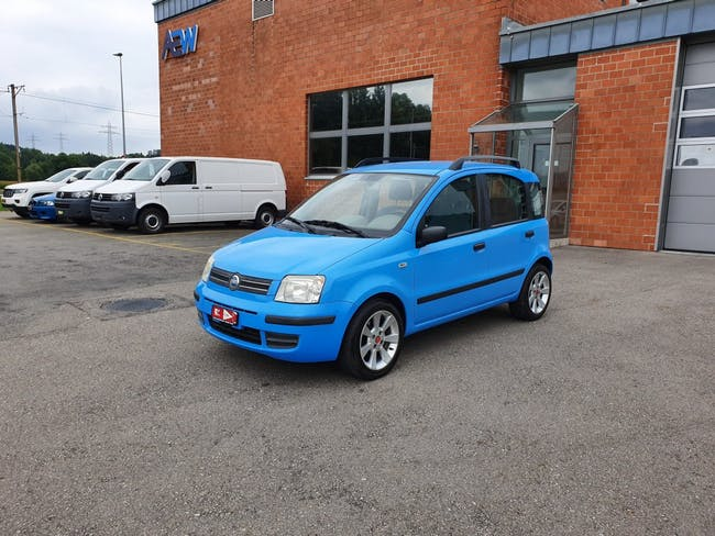 saloon Fiat Panda 1.2 Emotion