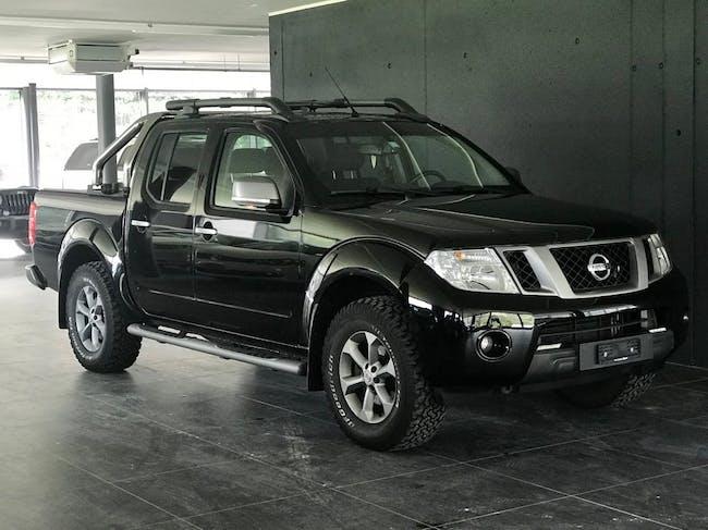 saloon Nissan Navara Double Cab SE 2.5 dCi 4WD
