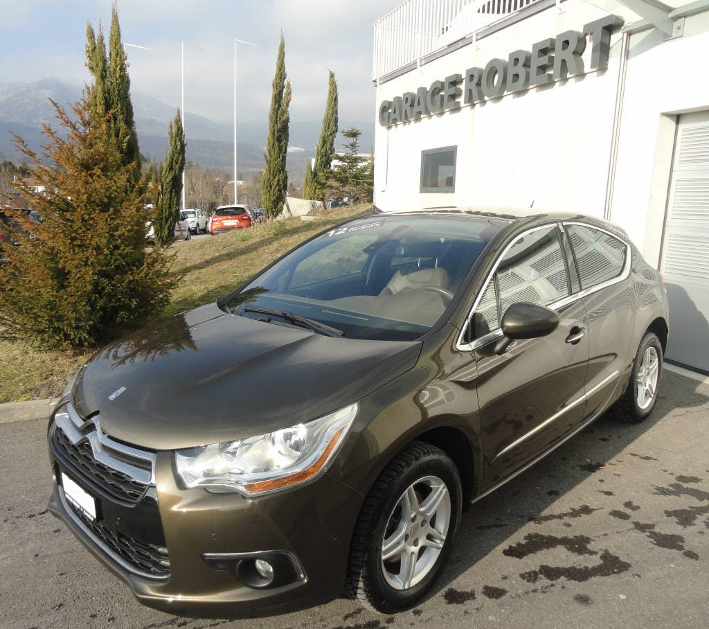 saloon DS Automobiles DS4 1.6 THP 165 Sport Chic