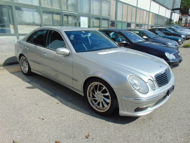 saloon Mercedes-Benz E-Klasse E 240 2.6 V6