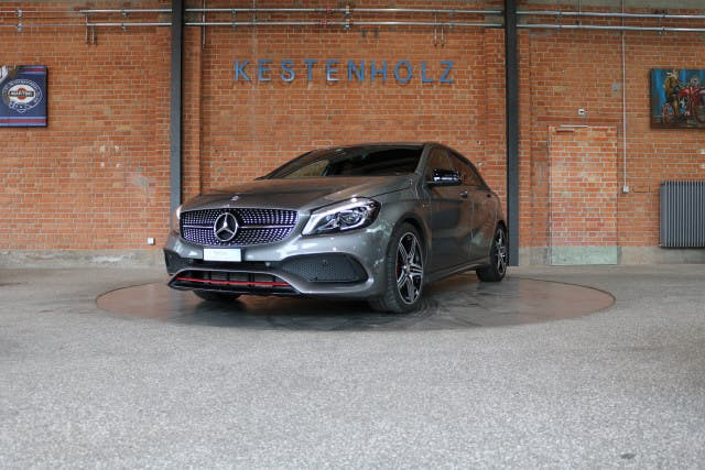 saloon Mercedes-Benz A-Klasse A 250 Sport 4Matic