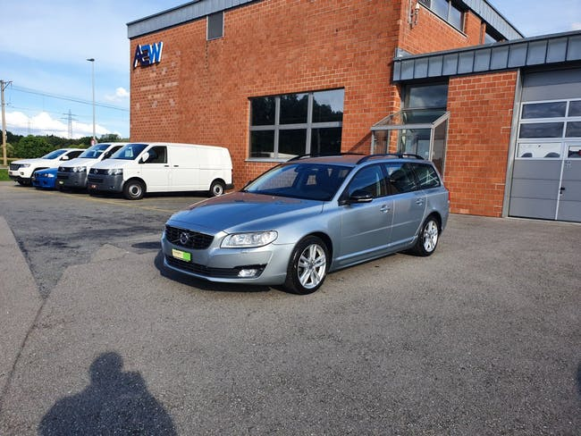 estate Volvo V70 D4 Momentum Dynamic Edition Geartronic
