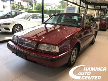 saloon Volvo 440 2.0 GLT
