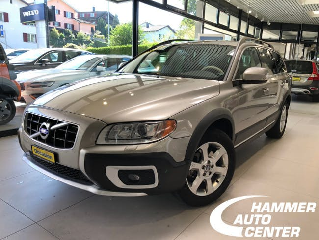 estate Volvo XC70 2.4D AWD Momentum