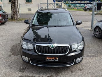 estate Skoda Superb Combi 1.8 TSI Elegance 4x4