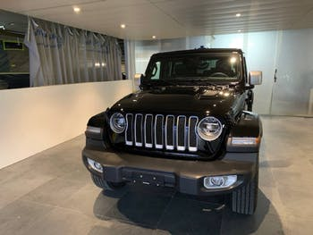 saloon Jeep Wrangler 2.0 Turbo Sahara Unlimited