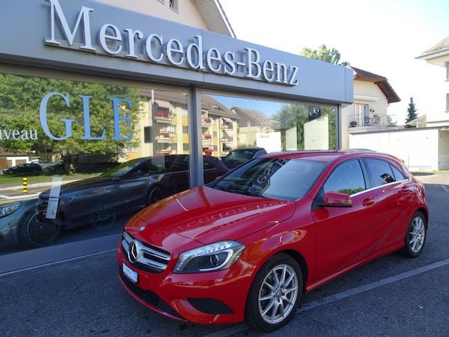 saloon Mercedes-Benz A-Klasse A 180 Urban 7G-DCT