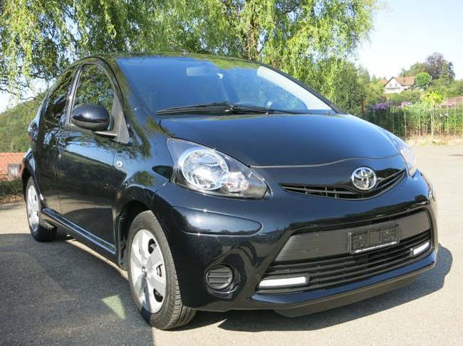 saloon Toyota Aygo 1.0 VVT-i Collection MM