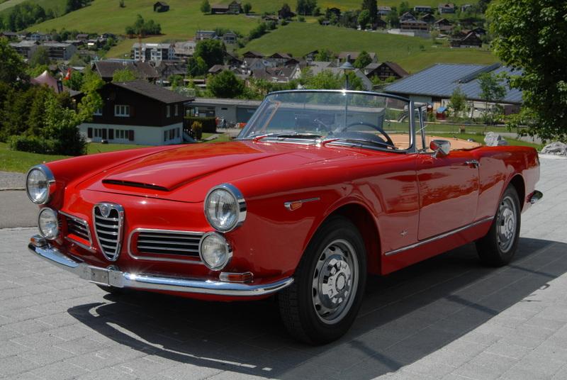 cabriolet Alfa Romeo 2600 Spider Touring
