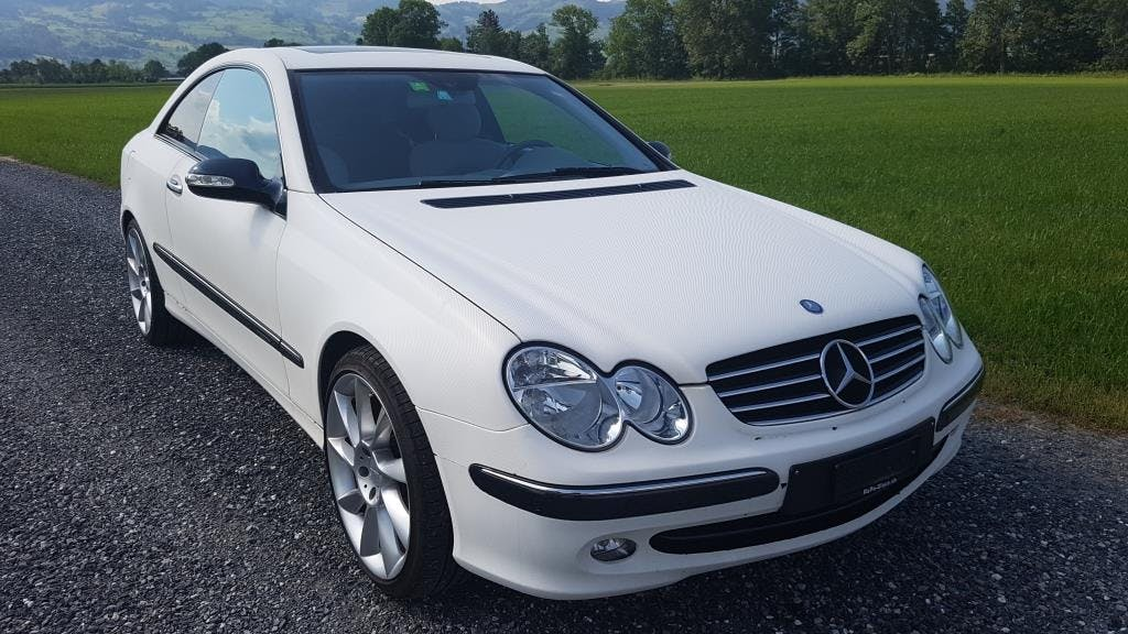 coupe Mercedes-Benz CLK 240 V6 Coupé