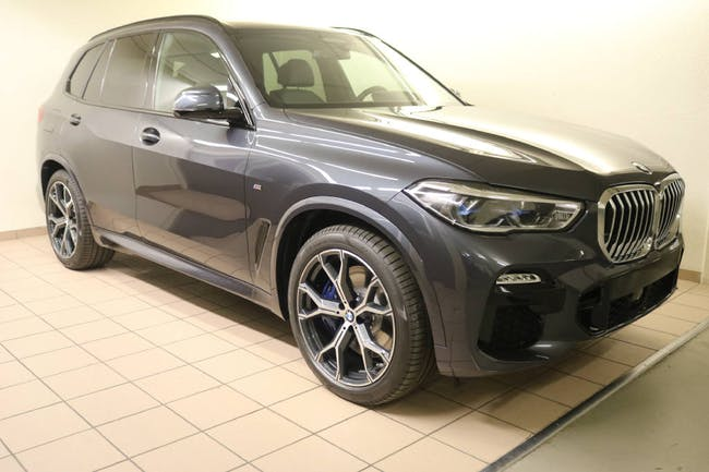saloon BMW X5 40i xDrive