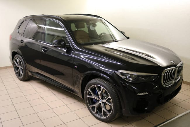 saloon BMW X5 30d xDrive