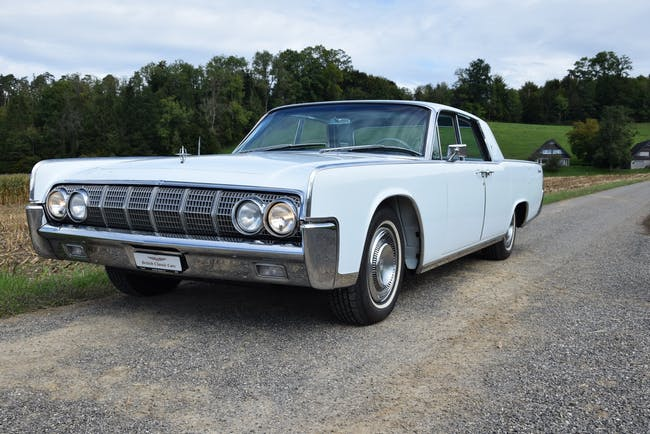 saloon Lincoln Continental Continental