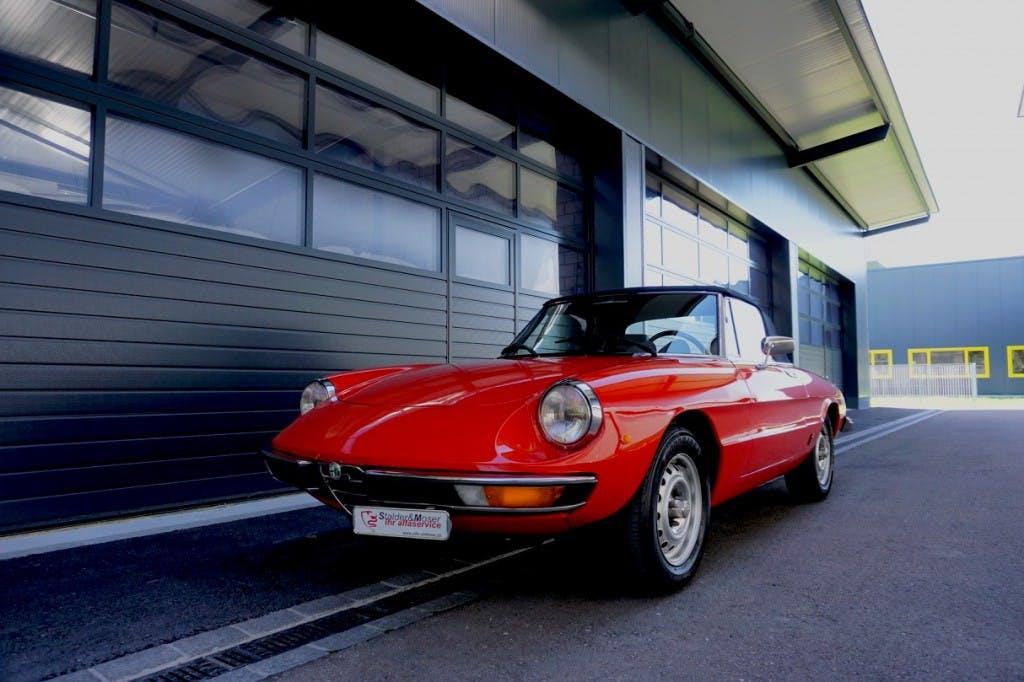 cabriolet Alfa Romeo Spider 2000