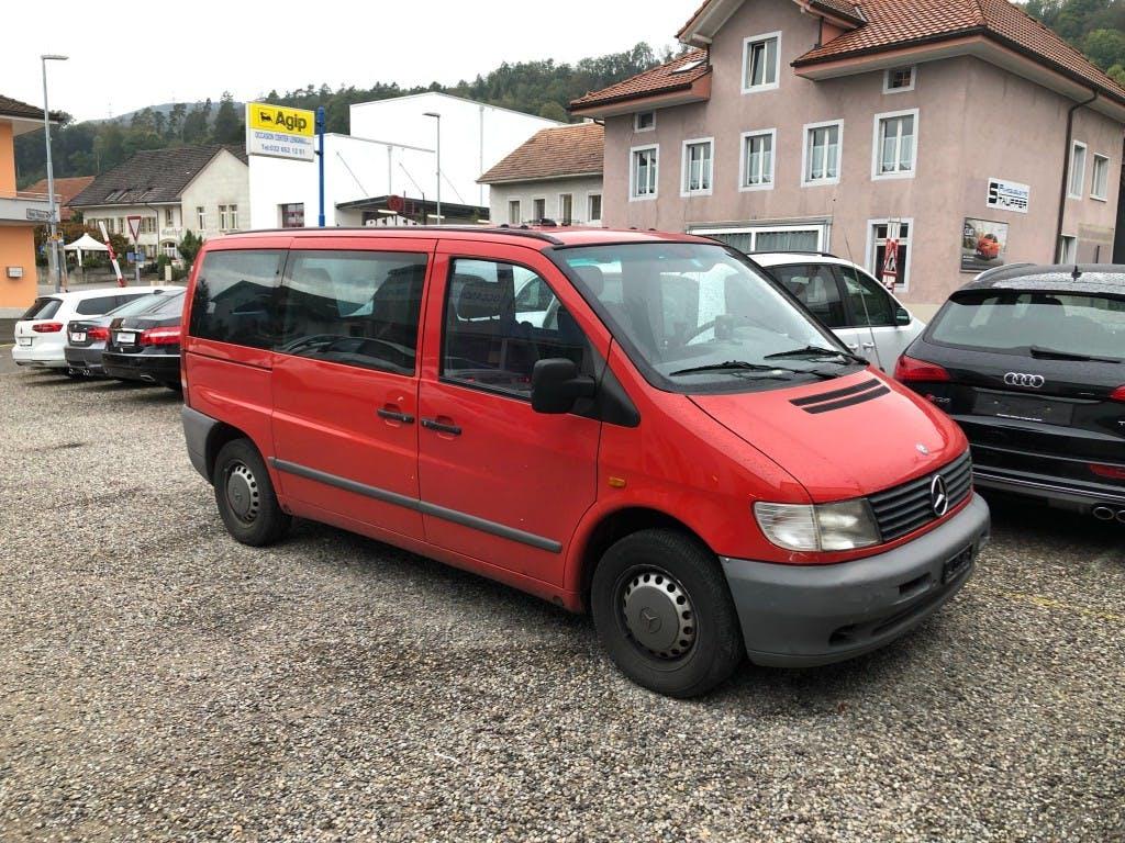 bus Mercedes-Benz Vito 110D 2.3TD