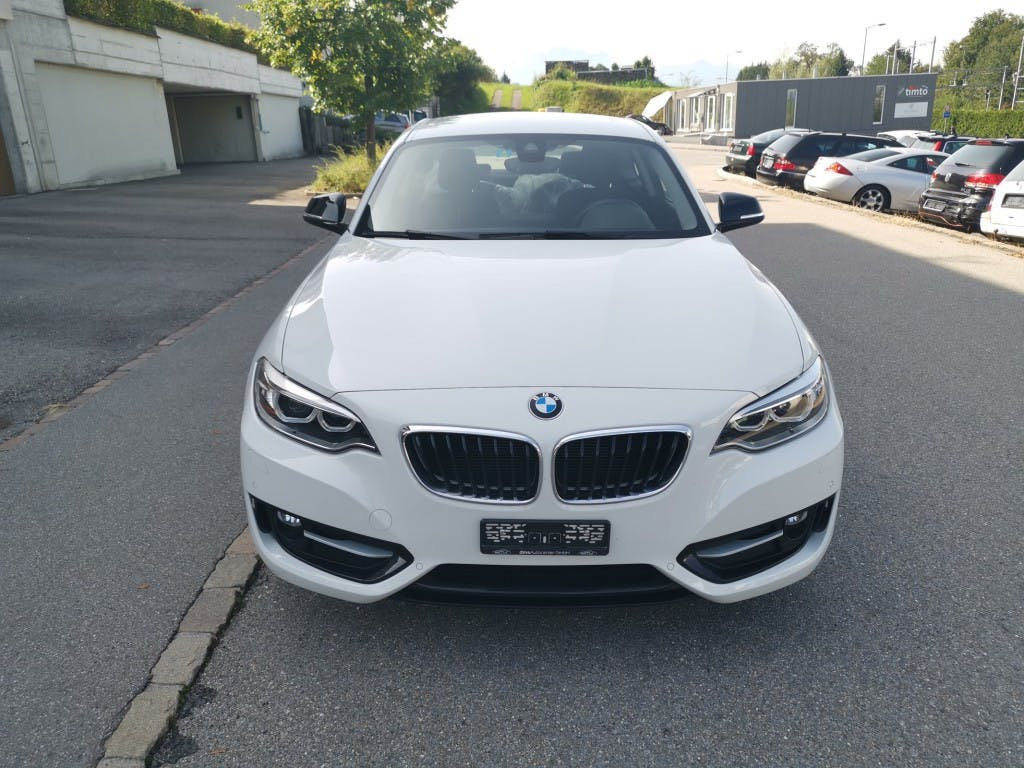 coupe BMW 2er 220i Sport Line