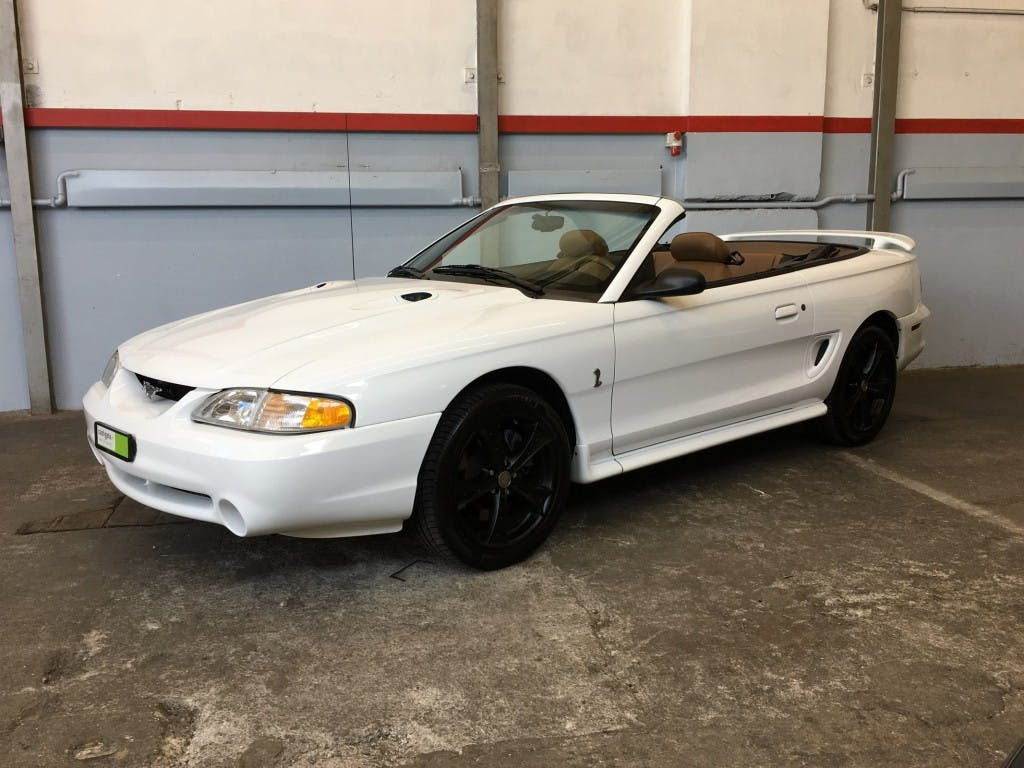 cabriolet Ford Mustang V8 Cobra SVT *** Convertible ***