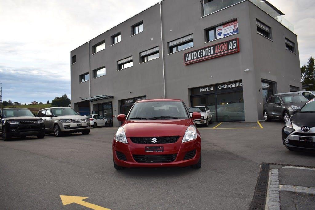 saloon Suzuki Swift 1.2i 16V GL Top
