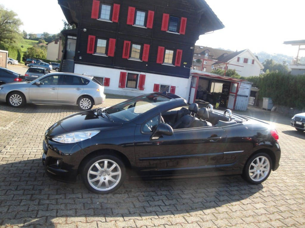cabriolet Peugeot 207 CC 1.6 16V Turbo Swiss Edition