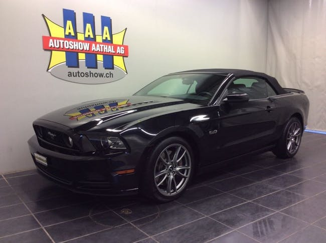 cabriolet Ford Mustang GT Convertible 5.0 V8
