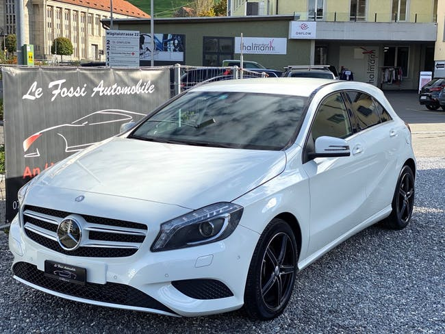 saloon Mercedes-Benz A-Klasse A 180 Style