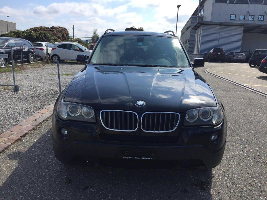 suv BMW X3 xDrive 25i (2.5si)