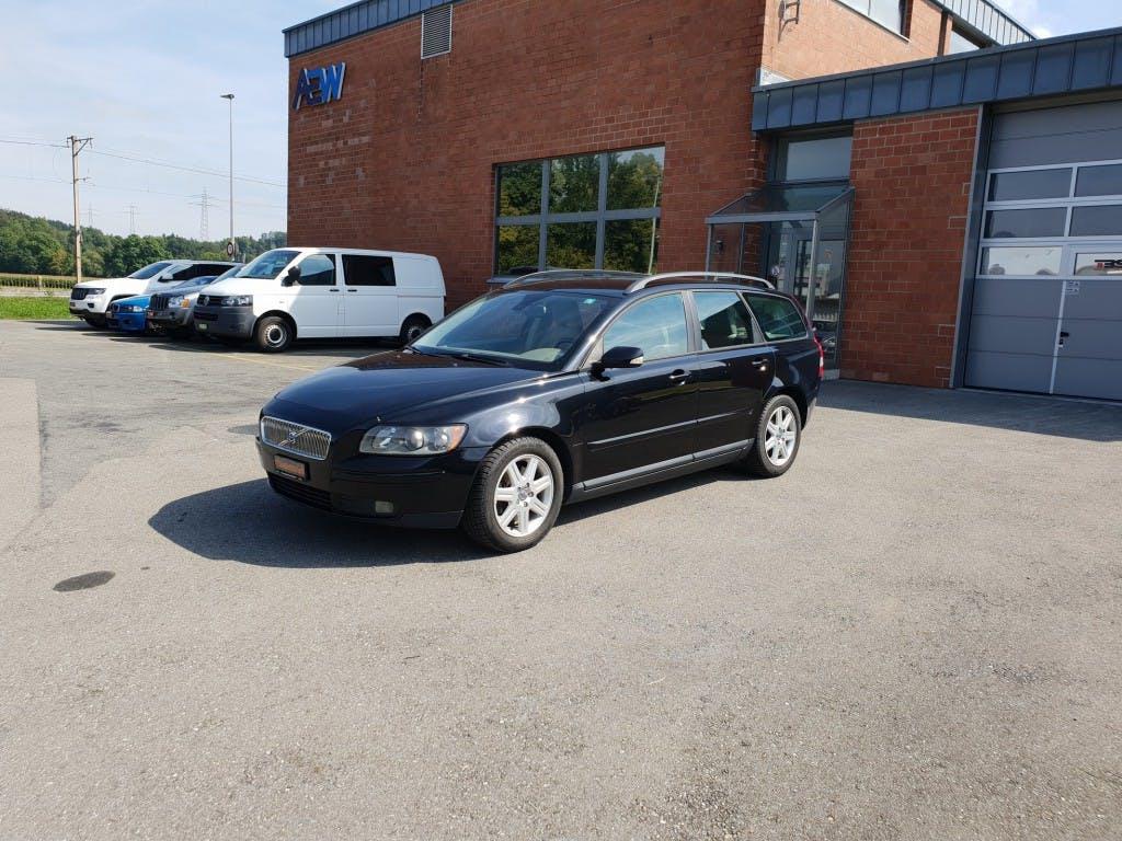 estate Volvo V50 2.0D Momentum