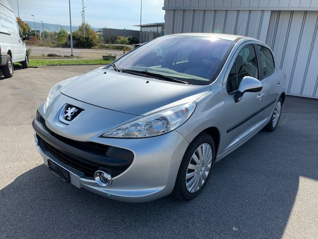 saloon Peugeot 207 1.6 HDI 110 XS