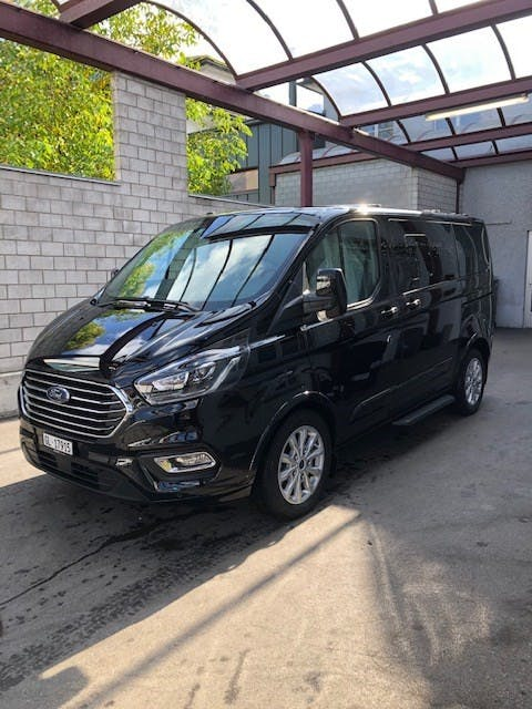bus Ford Tourneo Custom 320 L1 2.0 TDCi 130 Ti.