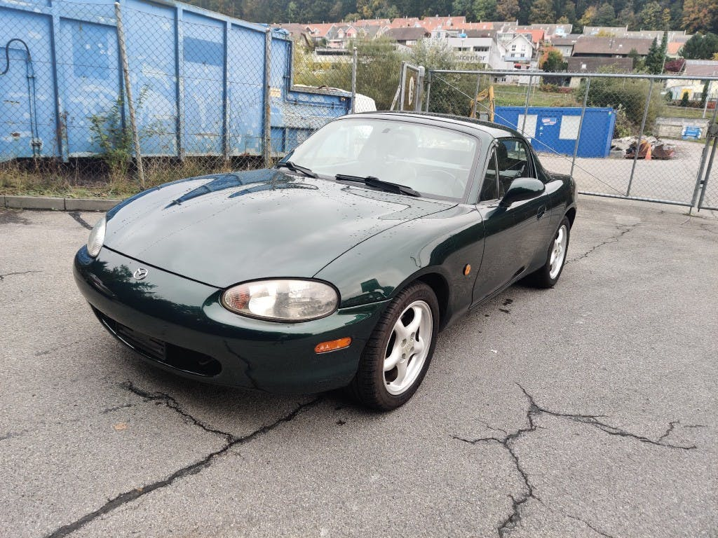 cabriolet Mazda MX-5 1.8i-16 Youngster