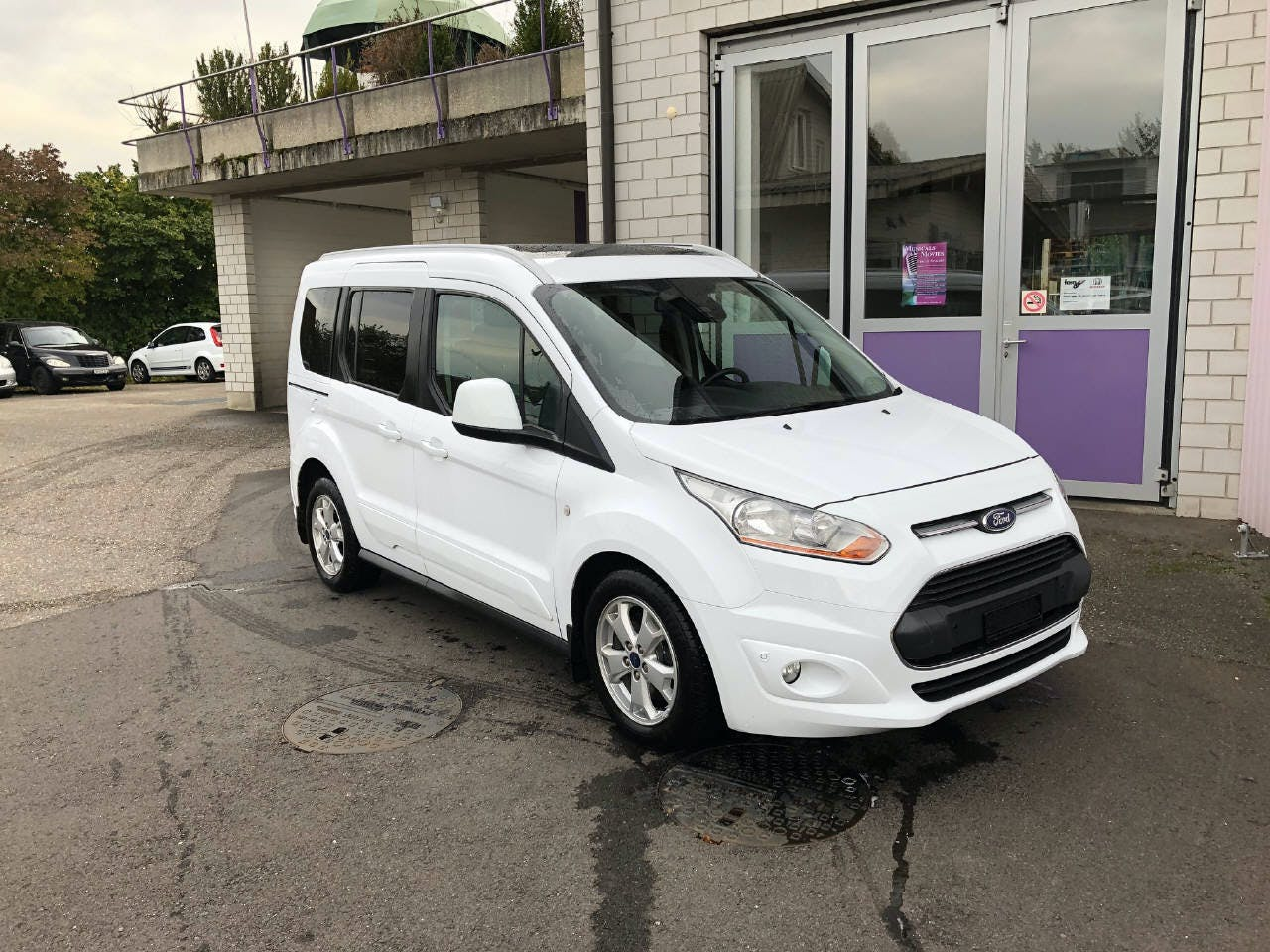 bus Ford Connect Tourneo 1.6 TDCi 115 Titanium