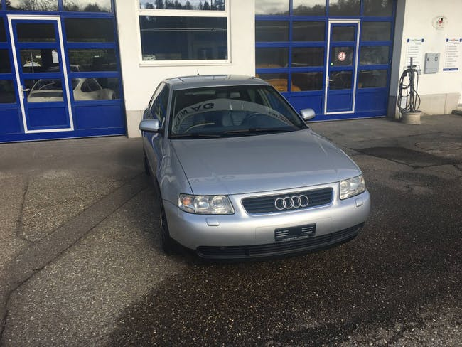 saloon Audi A3 1.8 20V Turbo 150 Ambiente
