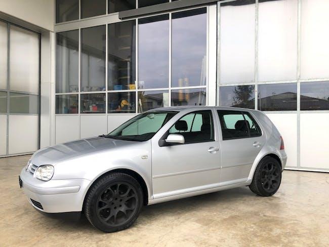 saloon VW Golf 1.6 16V Trendline