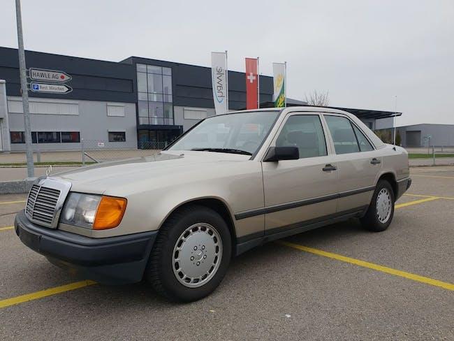 saloon Mercedes-Benz E-Klasse E-CLASS 260 E