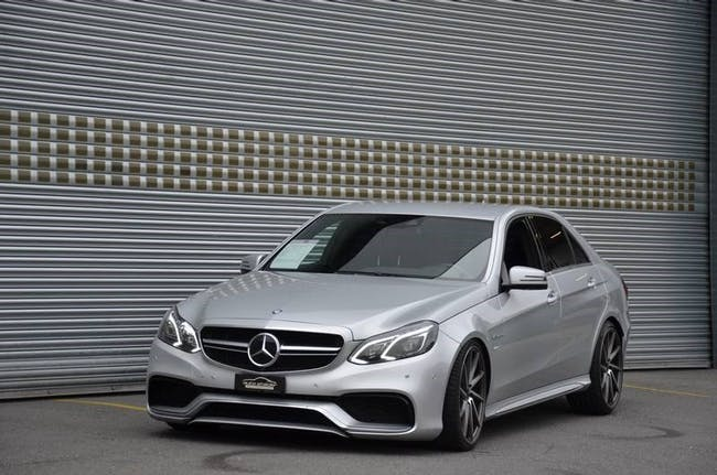 saloon Mercedes-Benz E-Klasse E 63 AMG 4Matic Speedshift