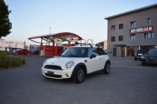 saloon Mini Mini One