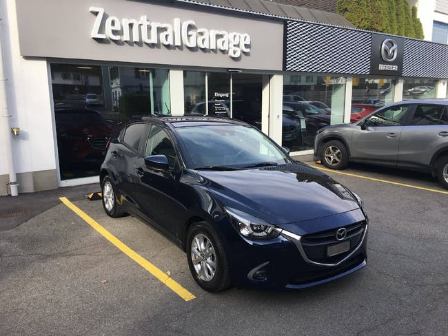 saloon Mazda 2 1.5 90 Ambition Pack