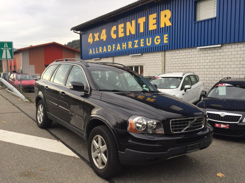 suv Volvo XC90 3.2 AWD Kinetic Geartronic