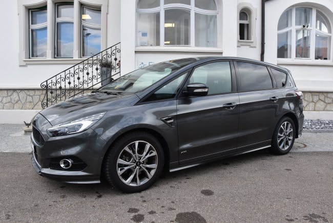 estate Ford S-Max 2.0TDCi ST-Line AWD
