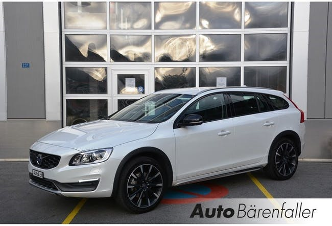 estate Volvo V60 Cross Country D4 AWD Summum Geartronic