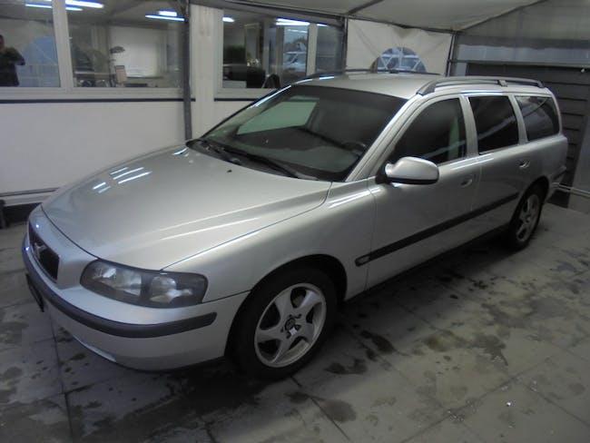 estate Volvo V70 2.4