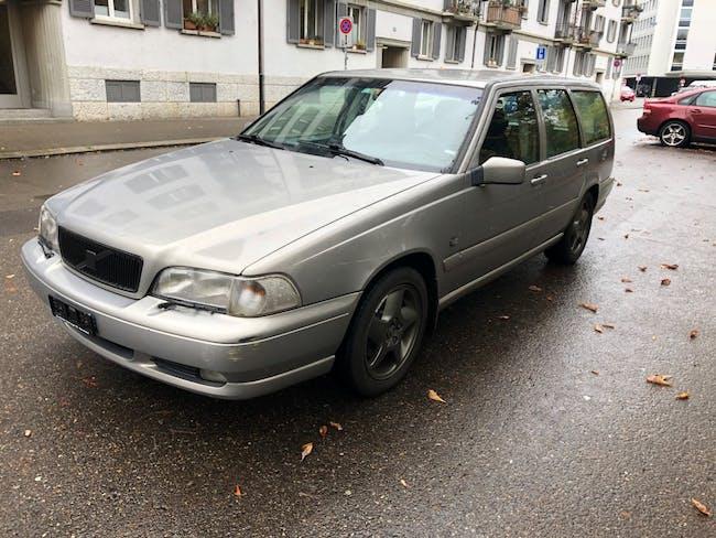 estate Volvo V70 2.5