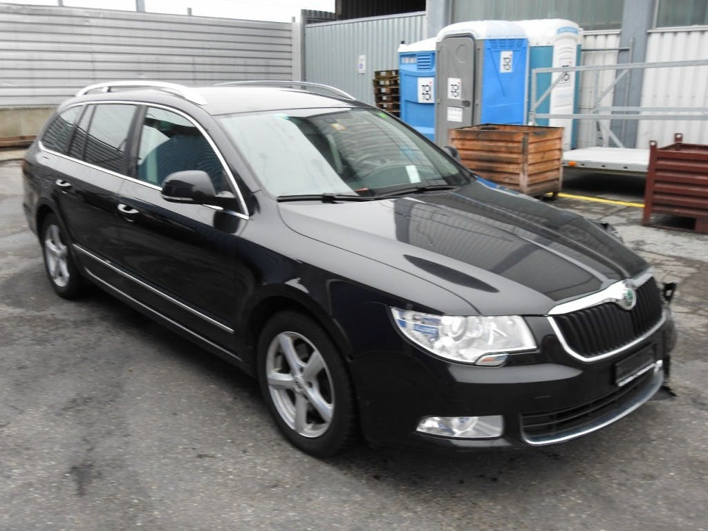 estate Skoda Superb Combi 2.0 TSI Elegance DSG