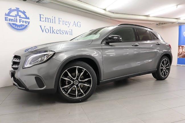 saloon Mercedes-Benz GLA-Klasse GLA 200 Night Star