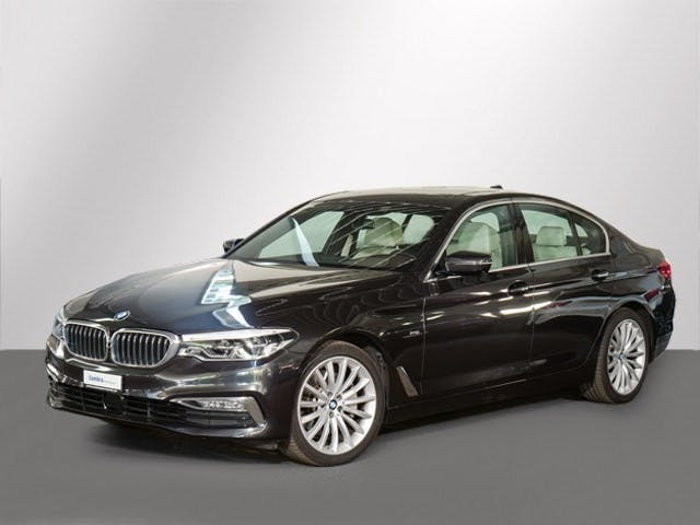 saloon BMW 5er 530 I XDRIVE SAG
