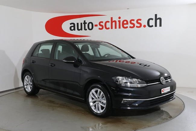 saloon VW Golf 1.6 TDI Highline