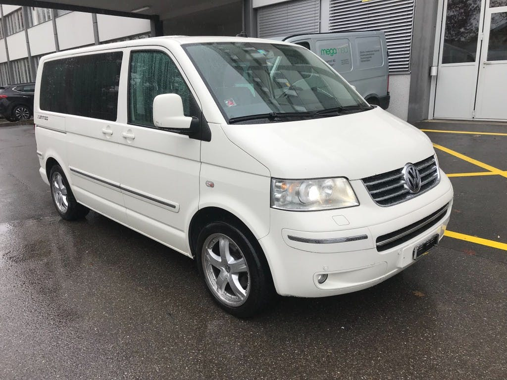 saloon VW T5 Multivan Highline 2.5 TDI 4M